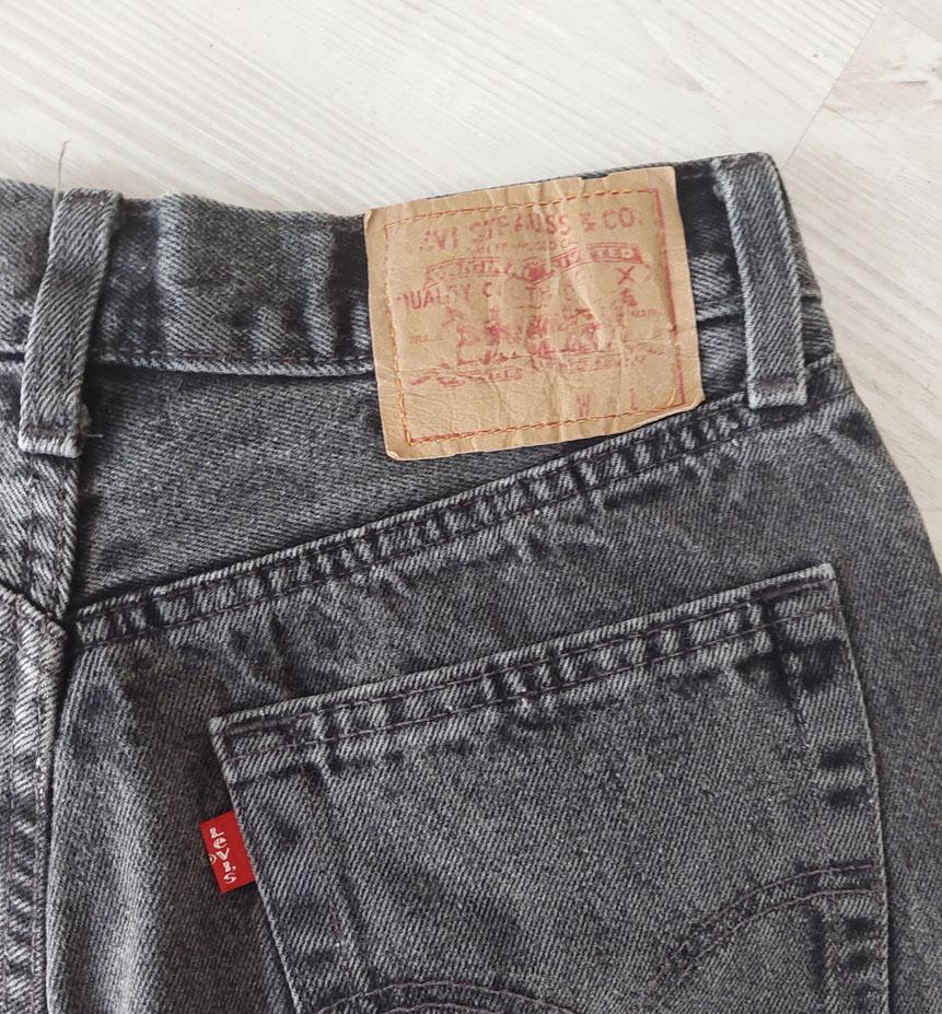 levi s neri 1 - Pantaloni VINTAGE